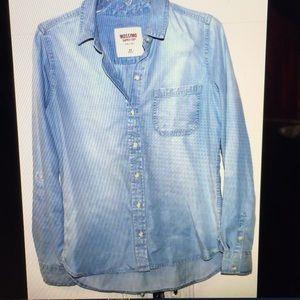 Mossimo blue cotton button down shirt M